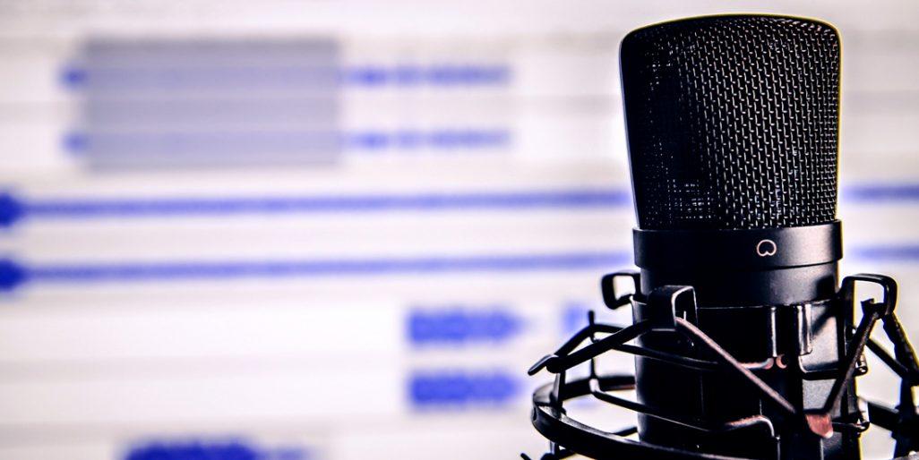 Obrázek mikrofonu, na který byste citace mohli nahrát.